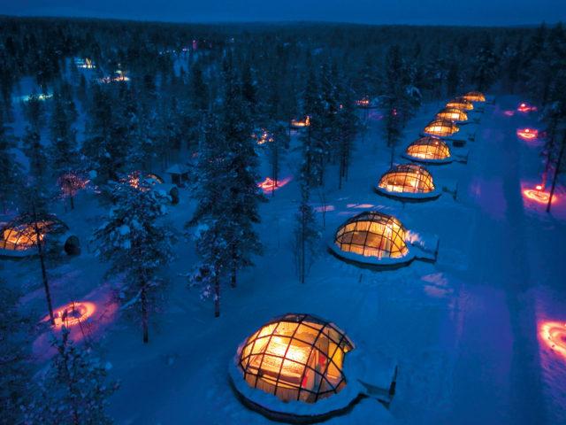 Un igloo transparent pour un séjour sous les aurores boréales